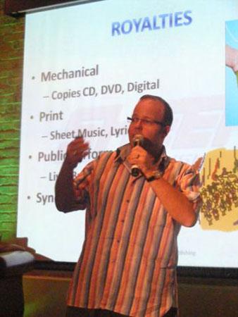 speaking-at-music-exchange-2010-3